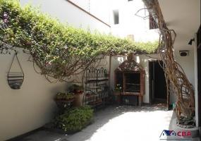 1 Calle Neiser Llacsa Arce, Miraflores, Miraflores, 4 Habitaciones Habitaciones,3 BañoBaño,Casa,Venta,Calle Neiser Llacsa Arce,C-1171